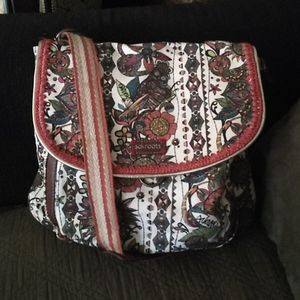 SakRoots convertible crossbody/backpack